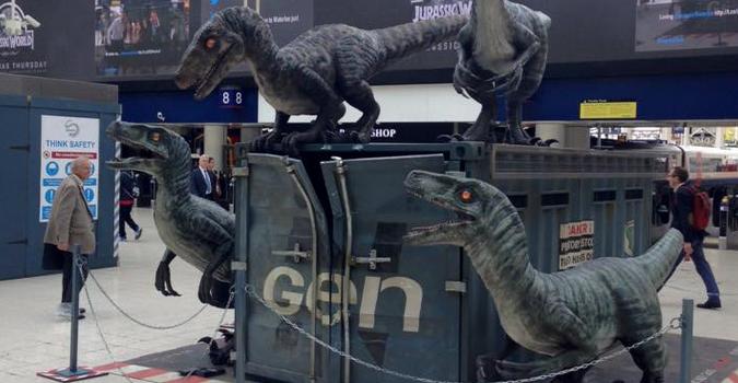 Des Vélociraptors lâchés par Jurassic World